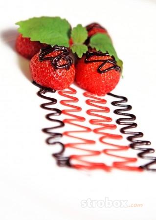 Световая схема| фотографируем клубничный десерт