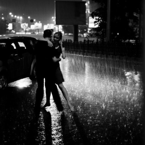 Фотографируем Love story в черно-белом стиле