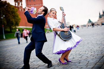 Обыкновенные реквизиты для необыкновенной свадебной фотосессии