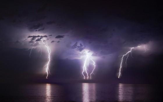 Как сфотографировать молнию?